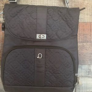 Travelon grey crossbody with quilted design